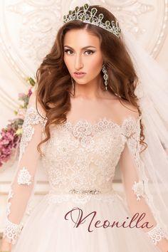 Kira - wedding dress by Neonilla brand