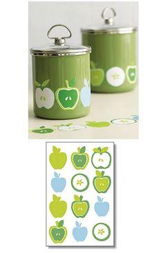 Red apple kitchen decor apple wall decor red utensils for Apple kitchen ideas