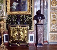 Palace Garden, Damask Wallpaper, Palaces, Versailles, Interior Design, Home Decor, France, Nest Design, Decoration Home