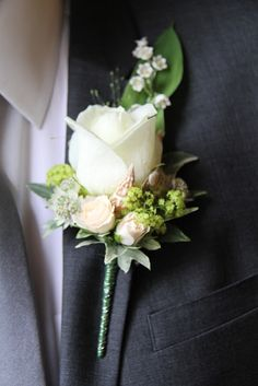 Flower Design Events: Seashell's in a Boutonniere