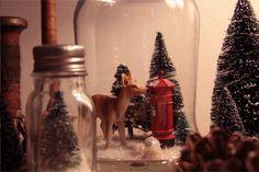 DIY mason jar snowglobe #imcountingdowntochristmas also make mini bottle snowglobe charms with mini bottles: http://www.ecrafty.com/c-517-mini-glass-bottles.aspx #ecrafty