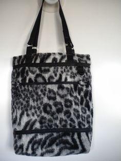 creatief geluk: Twee nieuwe tassen voor de hobby webwinkel Passie ...