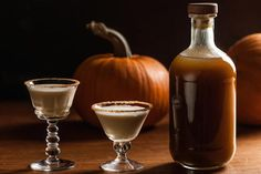 Add this rum-based liqueur flavored with pumpkin purée, brown sugar, and spices to coffee, cocktails, and desserts. Homemade Alcohol, Homemade Liquor, Homemade Liqueur Recipes, Flavored Alcohol, Homemade Recipe, Pumpkin Butter, Pumpkin Puree, Canned Pumpkin, Spiced Pumpkin