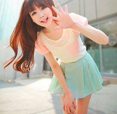 I really like her outfit Kawaii Fashion, Cute Fashion, Asian Fashion, Fashion Beauty, Girl Fashion, Vintage Fashion, Fashion Outfits, Tokyo Fashion, Kpop Fashion