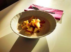 gogreeneatclean frühstückte nach TCM eine Buchweizen-Mandelcreme mit Apfel und Zimt.