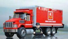 Lego Logistics Support truck by Steven Asbury Lego City Fire Truck, Lego Truck, Toy Trucks, Fire Trucks, Lego Wheels, Lego Fire, Lego Police, Lego City Sets, Lego Club