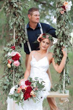 Wedding summer chic boho style 24 new Ideas Blush Wedding Centerpieces, White Wedding Bouquets, Wedding Swing, Summer Wedding, Boho Chic, Boho Style, Boho Wedding Dress Bohemian, Bohemian Weddings, Wedding Day Wishes