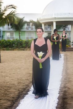 Classy and traditional are two words that come to mind when i see this chic bridesmaid An elegant black and white destination wedding Black Bridesmaids, Black Bridesmaid Dresses, Black And White Colour, Real Weddings, Destination Wedding, Chiffon, Classy, Traditional, Formal Dresses
