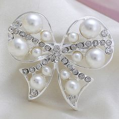 Fashion Cheap White Lovely Bowknot Rhinestone Pearl Women Wedding Brooch