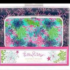 Lilly Pulitzer portable speaker.  Available at Jules Etc. Boutique. Friend us on Facebook to see more Lilly and purchase!  Facebook: Etcboutique Asheboro.