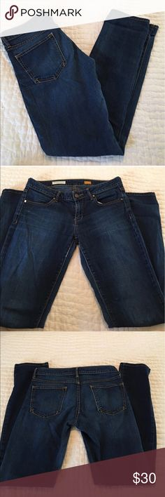 Pilcro low rise straight These are the cutest most classic jean. If you haven't tried pilcro you need to! These are size 27 low rise straight. So cute. Light wear pilcro and the letterpress Jeans Skinny