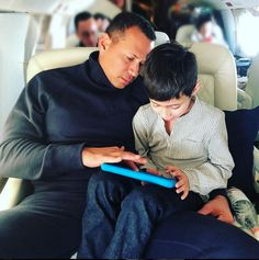 These photos prove that Jennifer Lopez and Alex Rodriguez have managed to create a beautiful blended family together with their kids. Hard Working Women, Working Woman, Blended Family Photos, Pictures Of Jennifer Lopez, Go To Movies, Alex Rodriguez, Luxe Life, Show Jumping, Hottest Pic