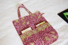 Sac coton imprimé batik violine indonesien rosé et vert amande #totebag #shoppingbag #canvasbag #batik #indonesia #batik bag