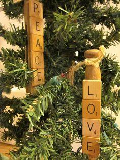 Antique clothes pins + scrabble tiles = these Christmas decorations