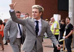 June Niall at Soccer Aid 2016 Malik One Direction, One Direction Photos, Soccer Aid, Naill Horan, Jelly Babies, Irish Boys, White Suits, Most Beautiful People, James Horan