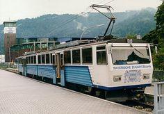 To najciekawsze linia kolejowa w całych Niemczech. Z Garmisch Partenkirchen dojechać można PRAWIE na sam szczyt najwyższej góry w Niemczech, liczący 2962 metry Zugspitze.