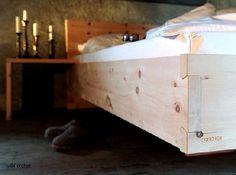 Zirbenbett und Zirbenholzbett von der Zirbenmanufaktur der Schreinerei Schuster