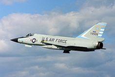 Convair Delta Dart, a beautiful aircraft! Military Jets, Military Aircraft, Fighter Aircraft, Fighter Jets, Military Photos, Us Air Force, Aircraft Pictures, Jet Plane, Arizona Usa