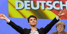 """Noch vor einigen Monaten wurde die AfD von den etablierten Parteien Deutschlands als """"unberührbare"""" Partei betrachtet. Die politische Elite weigerte sich sogar, öffentliche Debatten mit den""""rechtspopulistischen"""" Politikern zu führen. Das Tabu ist nun endgültig gebrochen. Die sächsische CDU-Bundestagsabgeordnete Veronika Bellmann geht davon aus, dass eine Koalition mit der einst geächteten Partei nicht mehr auszuschließen sei. weiterlesen..."""