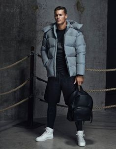 Shorts style for the winter season for men. A Closer Look at the Alexander Wang x H&M 2014 Fall/Winter Collection Uk Fashion, Fashion Week, Sport Fashion, Korean Fashion, Latex Fashion, Fashion Goth, Fashion Vintage, Fashion Trends, Sport Style