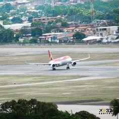 #partiu @aviancabrasil 🔴 #avianca #aviancabrasil #aviancacolombia #staralliance #airbus #planespotting #instagramaviation #instaplane #airbuslovers #aviationlovers #aviationphotography #planeporn #avporn #spotting #instaaviation #instaplanelovers #instalike #instagood #takeoff #planelovers #tagsforlikes #recife #nordeste #brasil #viagem #travel #fbf #photography #nikon 🔴 @aviacaonordestina