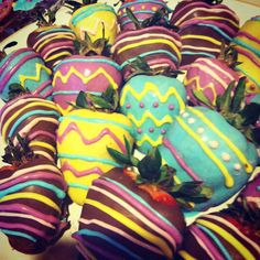 Homemade Easter chocolate covered strawberries :) Easter desserts