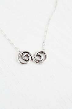 Silver Spiral Necklace,Infinity Charm Necklace,Spiral Jewelry,Relationship Necklace,Lariat Necklace,Swirl Necklace,Circle Necklace,Gift for Mom,Bridesmaid Gift,Bridal Necklace