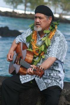 Cyril Pahinui Plus Size Mens Clothing, Beautiful Men, Beautiful People, Hawaiian People, King Kamehameha, Street Musician, Hawaii Homes, Hawaiian Islands, Ohana