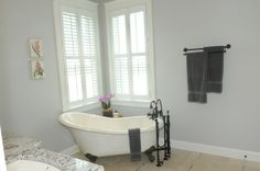 Another peaceful bathroom by Turnberry Custom Homes. The bath tub is perfectly placed and adds an antique touch. Call 610-775-7575 to schedule a FREE design consultation!