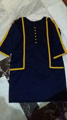 Stylish Dresses For Girls, Stylish Dress Designs, Girls Dress Up, Unique Dresses, Simple Dresses, Formal Dresses, Simple Pakistani Dresses, Pakistani Fashion Casual, Pakistani Dress Design