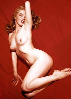 """ Marilyn Monroe photographed by Tom Kelley, 1949. """