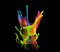 paint sound sculptures (high speed photography of paint beating to music on a speaker) Splash Art, Paint Splash, Color Splash, High Speed Photography, Art Photography, Motion Photography, Splash Photography, Sound Sculpture, Instalation Art
