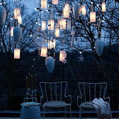 hanging outdoor lanterns - outdoor christmas lighting ideas