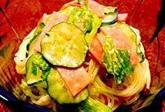ハムとレタスと胡瓜で。 スタンダードな春雨サラダです。 - 54件のもぐもぐ - 春雨サラダ by kana000suzuki
