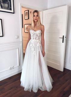 The romantic bride Bridal Collection, Formal Dresses, Wedding Dresses, Corset, Romantic, Gowns, Bride, Florence, Fashion
