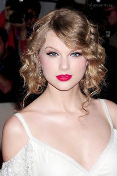 Taylor Swift album named Red