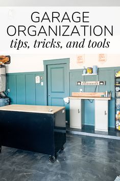 Tips and tricks for getting (and keeping) your workshop or garage organized. Tips and tricks for getting (and keeping) your workshop or garage organized. Tips for tool organiza Garage Organization Tips, Workshop Organization, Classroom Organization, Organize Your Life, Organizing Your Home, Organizing Ideas, Organising Tips, Small Workbench, Home Workshop