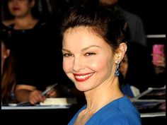 Ashley Judd pens sexual violence essay