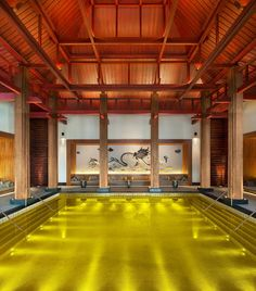 Golden Energy Pool in Tibet | HOME SWEET WORLD