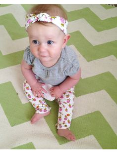 Knotted Baby Turban Tutorial with matching leggings