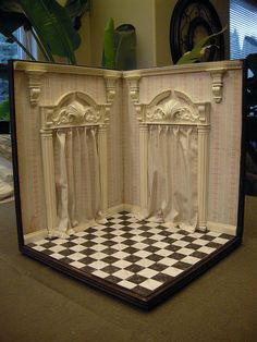 1:12 scale Corner Box | Flickr - Photo Sharing! Like the drapes - they add a touch of luxury and give the impression of rooms beyond.