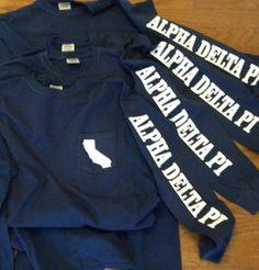 Alpha Delta Pi Florida t shirt - these are customizable! Kappa Alpha Theta, Gamma Sigma Sigma, Alpha Phi Omega, Alpha Sigma Alpha, Gamma Phi Beta, Chi Omega, Phi Mu, Sorority Shirts, Sorority Outfits