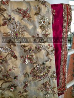 Style Stripped - Pakistan's Premier Fashion and Lifestyle Portal. Pakistani Formal Dresses, Pakistani Wedding Outfits, Bridal Outfits, Tambour Embroidery, Embroidery Art, Embroidery Designs, Kurti Neck Designs, Blouse Designs, European Fashion