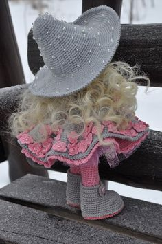 Игрушка амигуруми своими руками Crochet Flower Patterns, Crochet Doll Pattern, Crochet Patterns Amigurumi, Amigurumi Doll, Crochet Flowers, Crochet Doll Dress, Crochet Doll Clothes, Cute Crochet, Crochet Baby