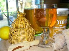 Celtic Druid's Honey Meade An interesting recipe that only takes 4321 hours to finish. Worth saving in case I ever have the time. Read the history lesson attached to the recipe. iiii may not make this one rofl Cocktails, Alcoholic Drinks, Pavlova, Sangria, Celtic Food, Chutney, Honey Mead, Mead Wine, Fermented Honey