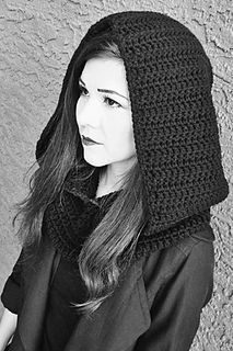 This hooded cowl was made at the request of my oldest daughter, who owns www.anakinandhisangel.com. She needed a Star Wars Sith styled hooded cowl for her Kylo Ren inspired makeup post.