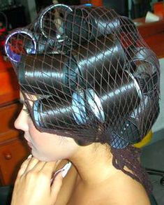Big Hair Rollers, Sleep In Hair Rollers, Hair You Wear, Hair Nets, Bobe, Roller Set, Healthy Hair Growth, Curlers, Vintage Glamour