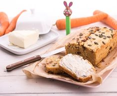 Cuketovo-ricottový koláč Ricotta, Banana Bread, Desserts, Food, Tailgate Desserts, Deserts, Essen, Postres, Meals