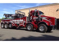 KENWORTH T800 and Miller Rotator. www.TravisBarlow.com - Towing, Auto Transporter and Commercial Truck Insurance for over 30 Years. Heavy Duty Trucks, Big Rig Trucks, Semi Trucks, Cool Trucks, Heavy Truck, Train Truck, Road Train, Tow Truck, Kenworth T800