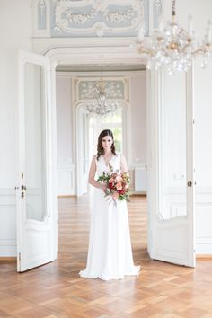 Hochzeitslocation Villa Raczynski in Bregenz Villa, Wedding Inspiration, Wedding Dresses, Blog, Fashion, Bregenz, Wedding Photography, Ideas, Bride Gowns